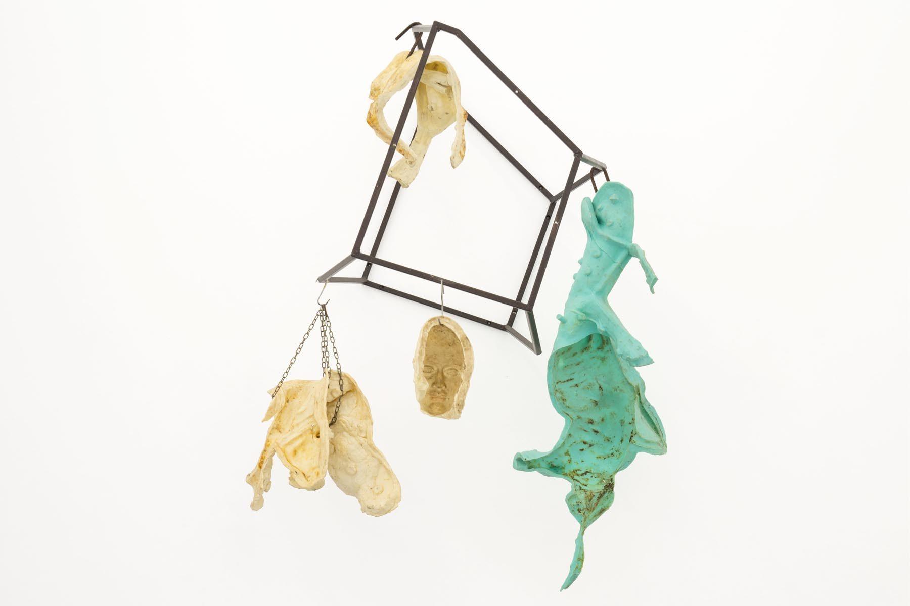 Vincenzo Rusciano, Sulla mia pelle, 2019, metal, silicon rubber, 110 x 78 h. 78 cm