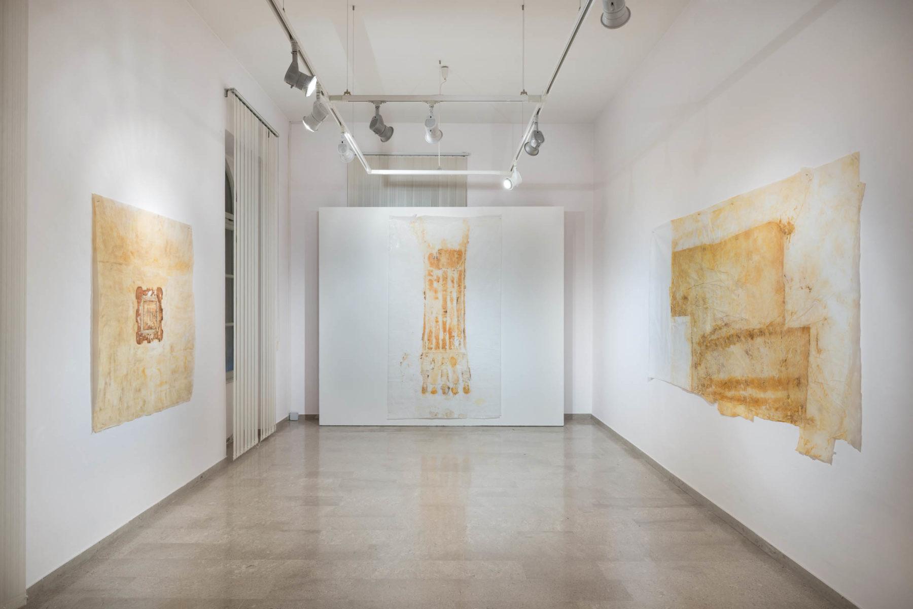 Alessandra Lazzaris, Sindone, show view, Galleria Spazzapan