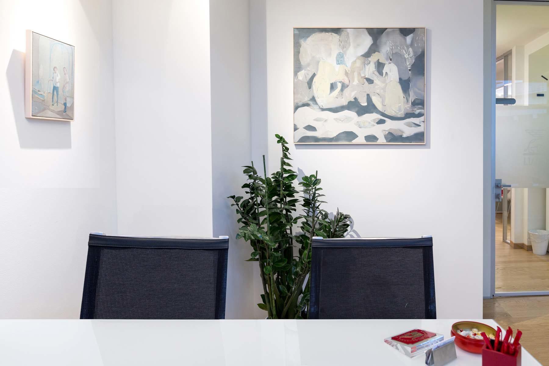 19. Raffaele Santillo, Pitture in attesa, vista della mostra, Ag. Generali, Pordenone, ph. N. Covre