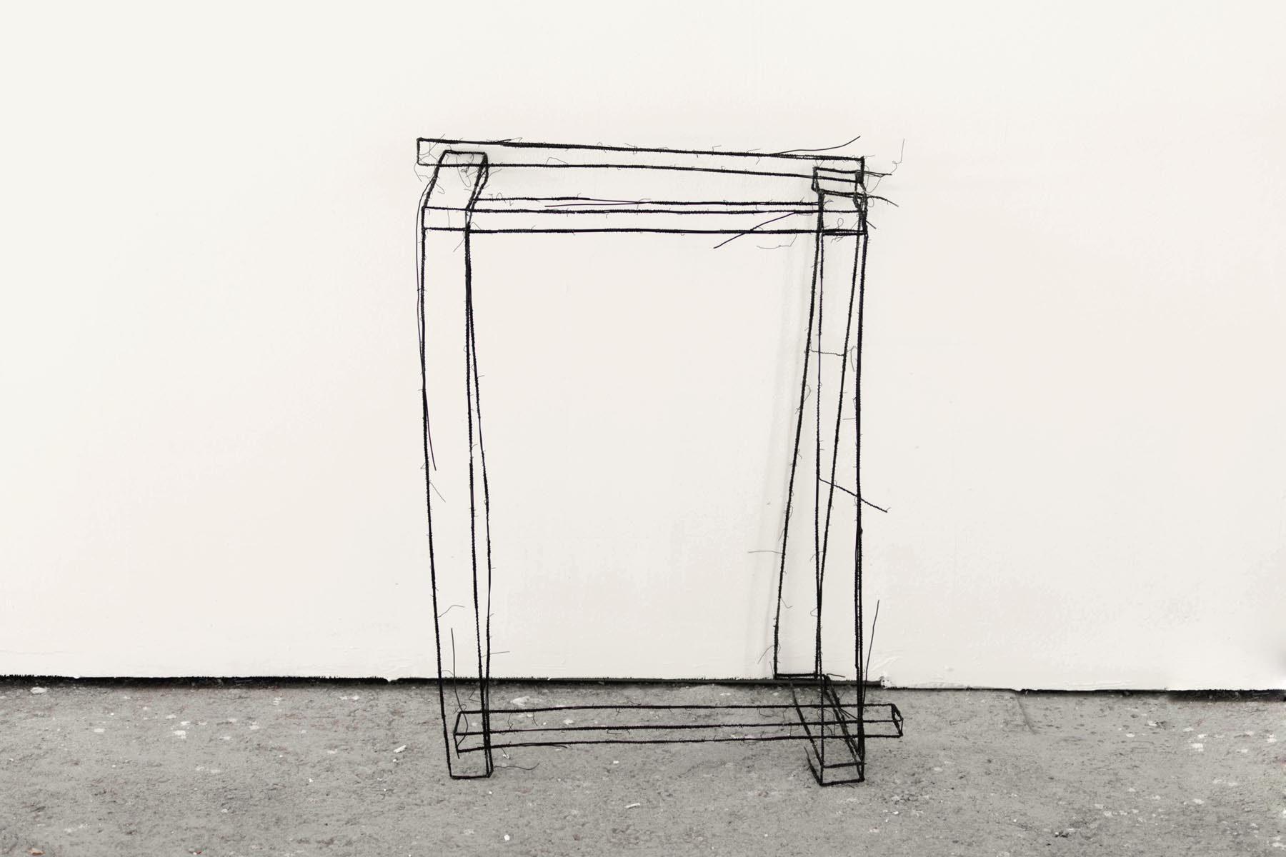 Fritz Panzer, Fatto a mano, 2017, wire sculpture, 69 x 50 x 32 cm
