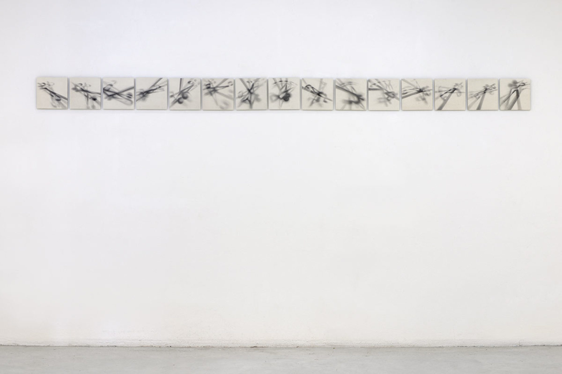 Antonio Marchetti Lamera, Raggi ombrosi, 2019, graphite on paper, 15 elements, 20 x 20 cm each, Studio la Città, Verona, ph. M.A. Sereni