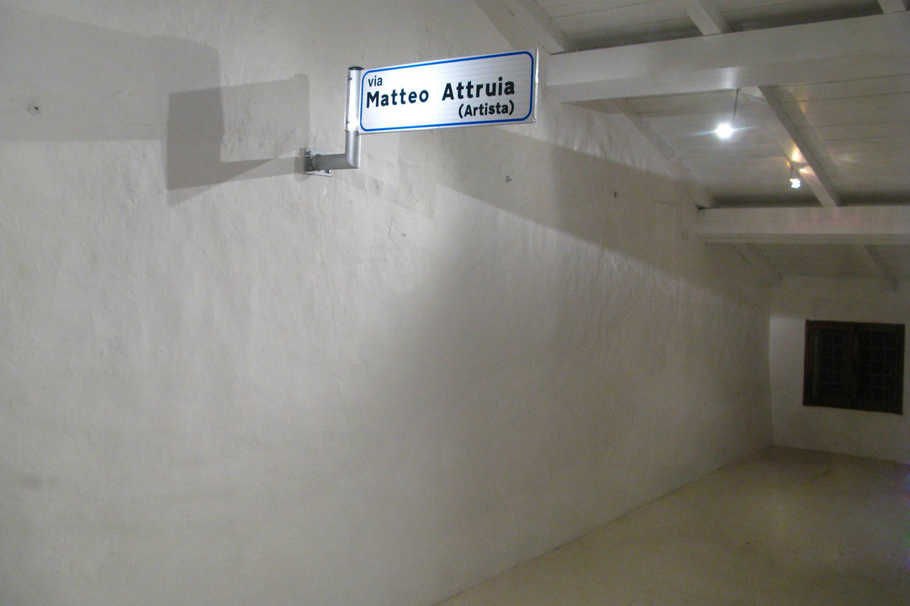 Matteo Attruia, via matteo attruia impiegato-artista,digital print, aluminium, 25 x 86 cm (a)