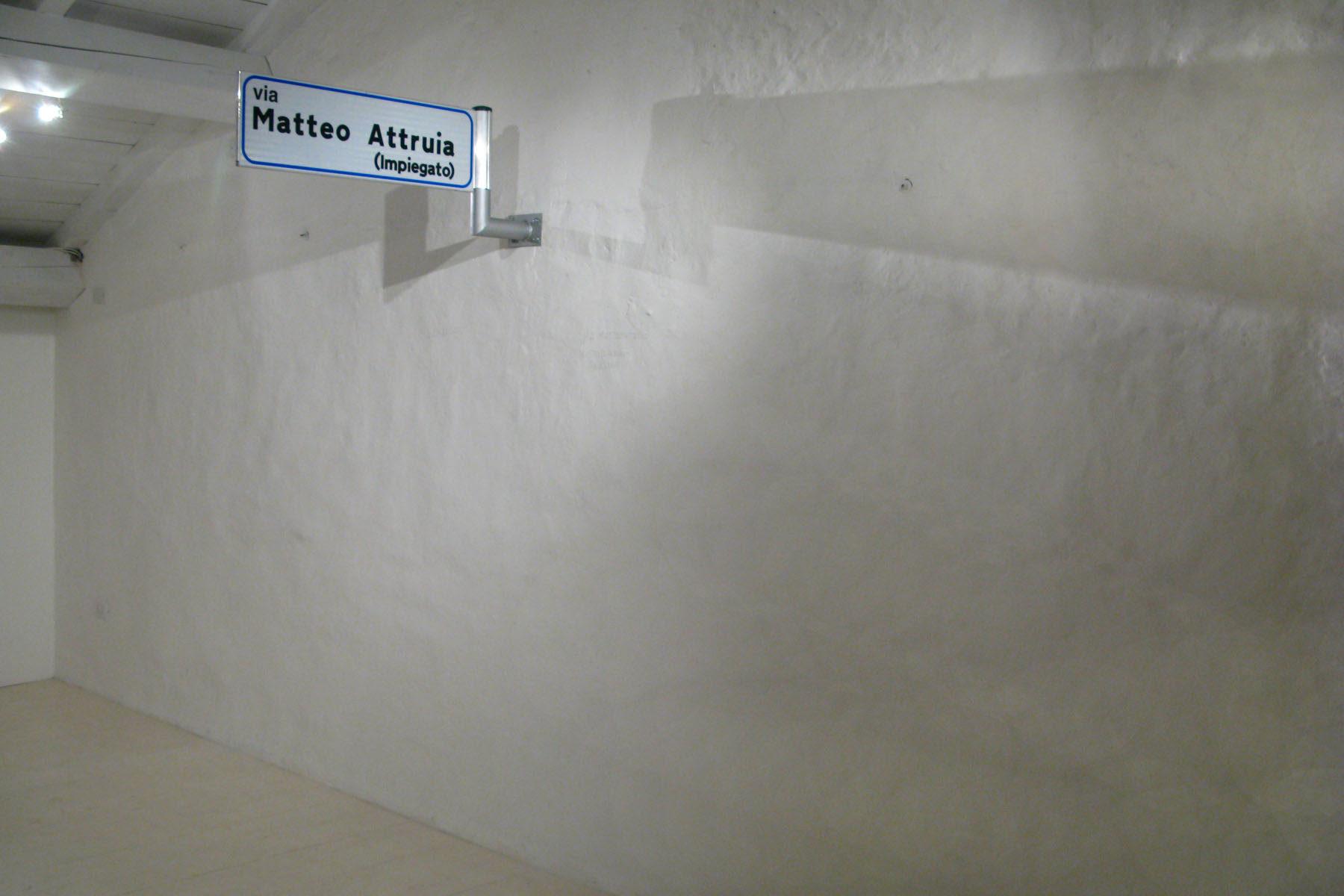 Matteo Attruia, via matteo attruia impiegato-artista,digital print, aluminium, 25 x 86 cm (b)