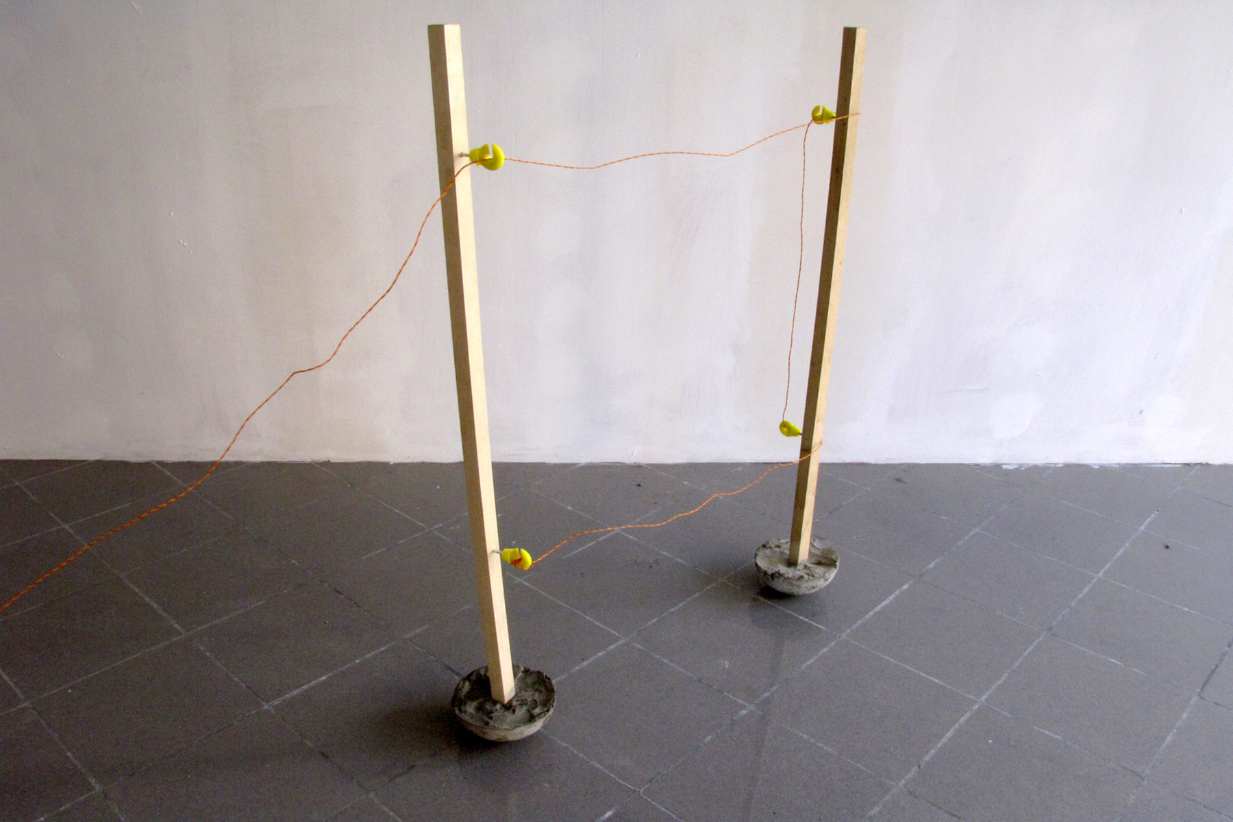 Nicola Genovese, The day of domestication, 2011, wood, cement, plastic, battery and electric wire, dimensions according to exhibiting space
