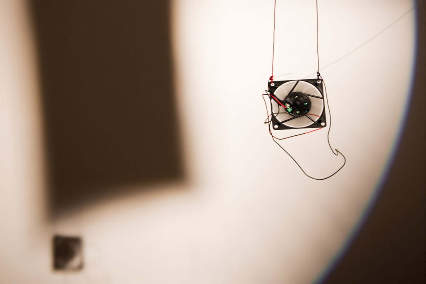 Richard Loskot, Bird System, 2012, light, solar cell, electrical machines, installation, f