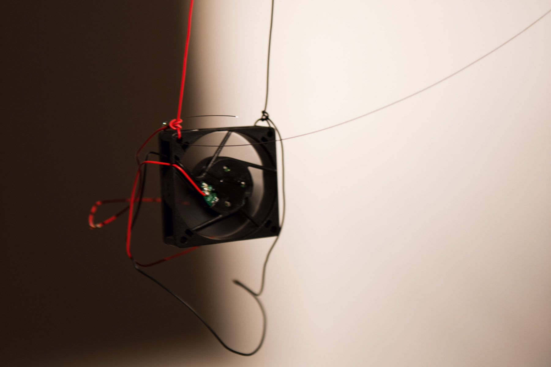 Richard Loskot, Bird System, 2012, light, solar cell, electrical machines, installation, g