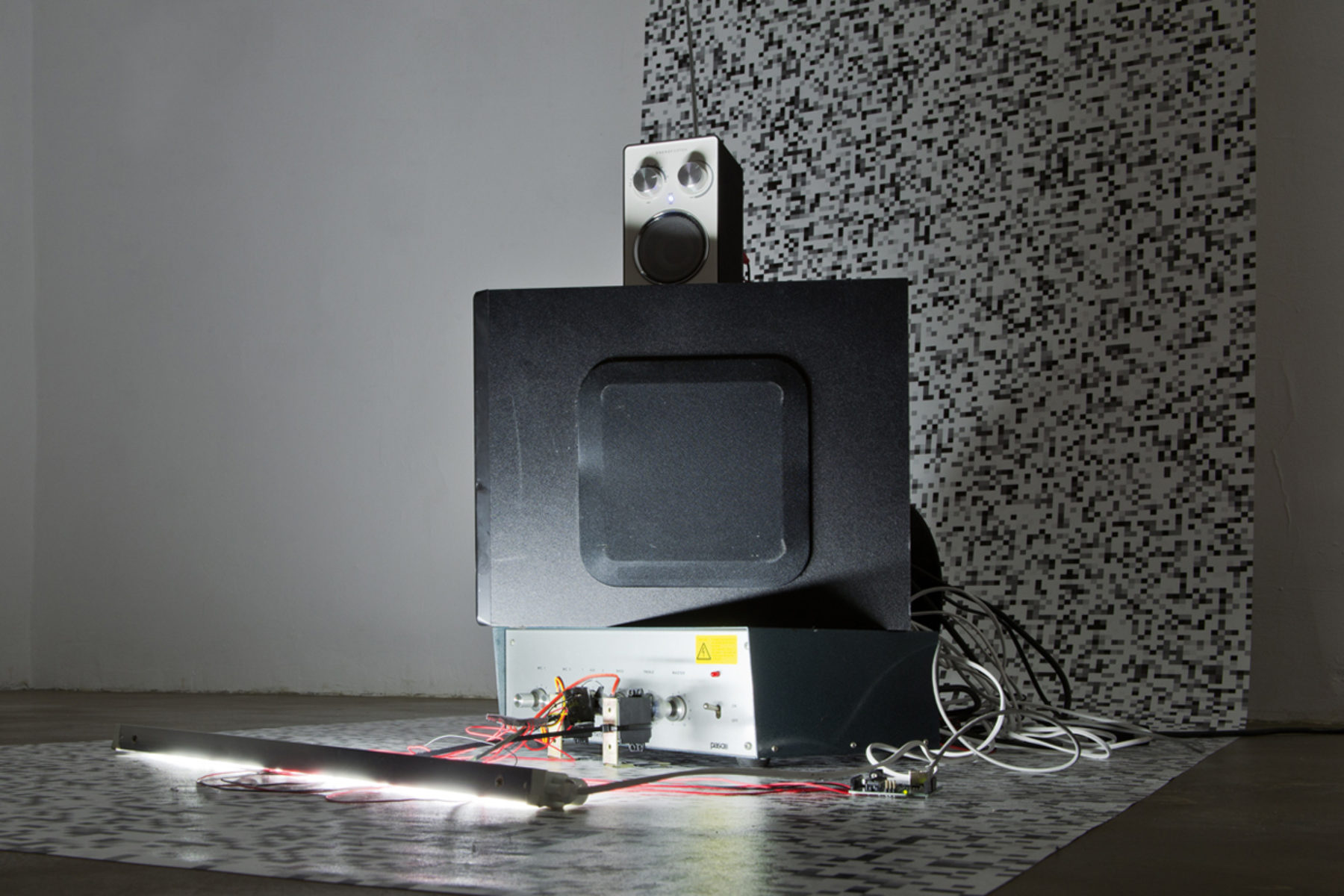 Richard Loskot, Ocean System, 2012, radio tuner, speaker, light, digital prints, neon light, mix media,b