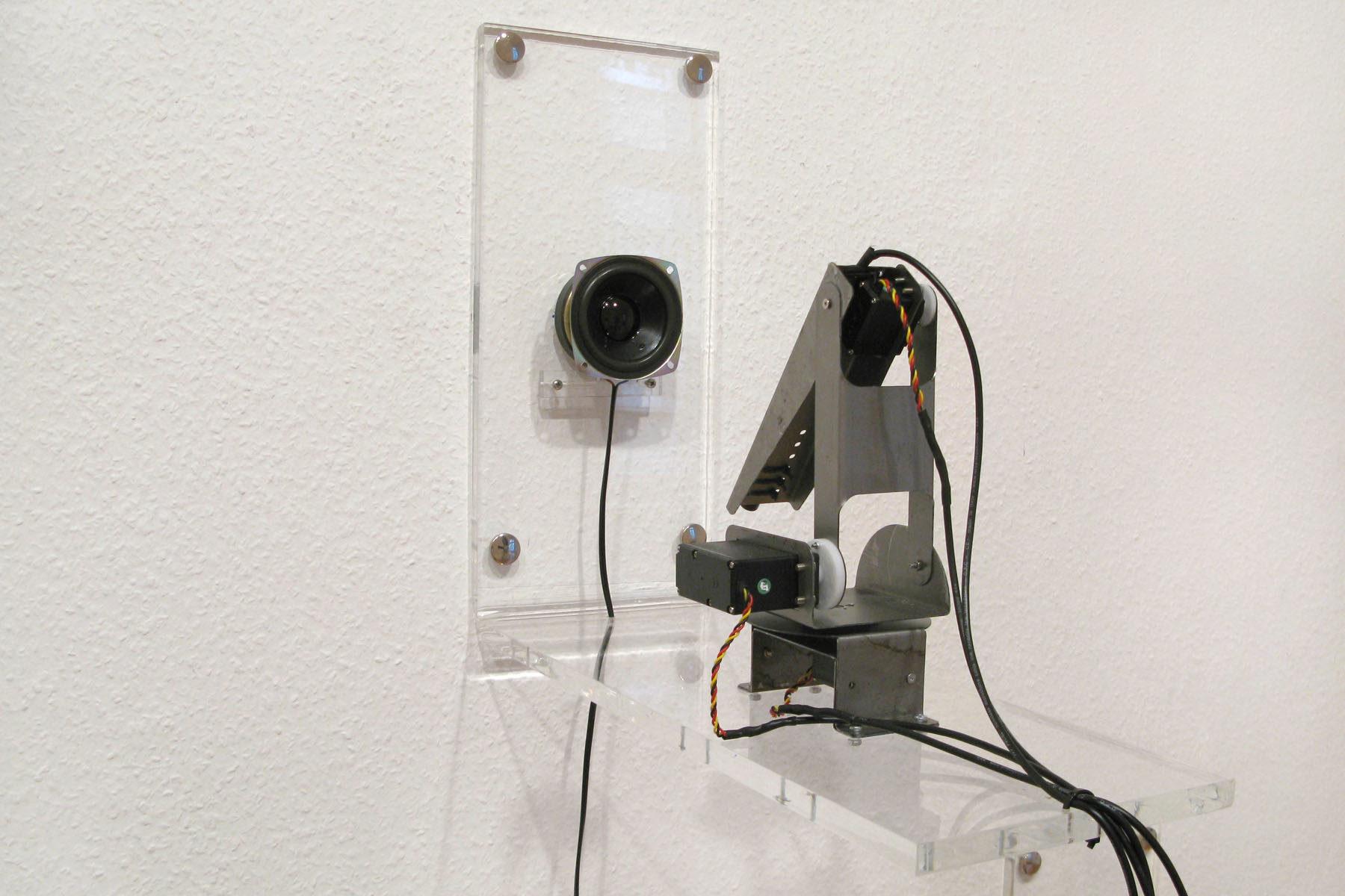 Roberto Pugliese, Equilibrium (det.), 2011, installation view at Galerie Mario Mazzoli, Berlin