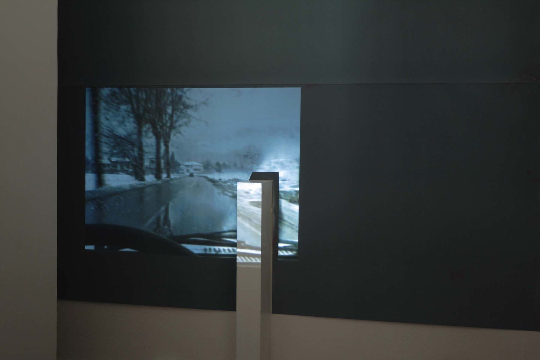 Fabio Sandri, Stanza, 2008, photosensitive paper, video projection, enviromental dimensions